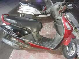 Hero pleasure for sell under good condition driven by teacher