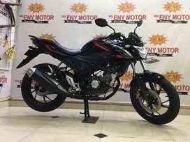 Skuyy Istimewah Honda CB150R th 2018 Hitam Glosssy - Eny Motor