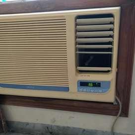 Window AC 1.5 ton ONIDA with stablizer