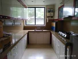 1bhk fully furnished flat
