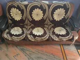 Good condition sofa set