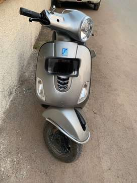 Vespa urban club scooter 2019 125cc