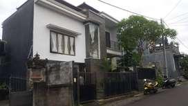 Disewakan Rumah Cantik dan Nyaman 2 Lantai Area Gianyar