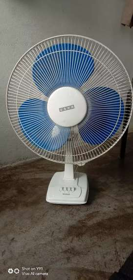 Table fan in good condition