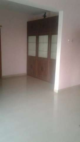 3BHK FLAT( M.N-821OO941O5) FOR WORKING BACHELOR/ FAMILY