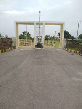 Gated community HMDA plots for sale at bhanur