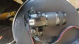 DSLR Canon 1000 d lens 55-60 at low price best condition