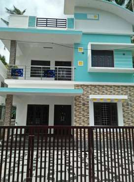 A GLORIOUS NEW 4BED ROOM 1800SQ FT 5CENTS HOUSE IN MANNUTHY,THRISSUR