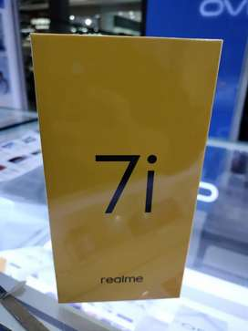 realme 7i ram 8/128 garansi 1 thn barang baru