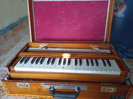 Harmonium 9 Stop, folding teak wood,