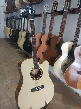 Gitar akustik kaga lebay