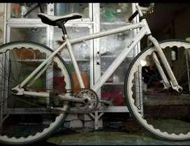 Sepeda Fixie Putih