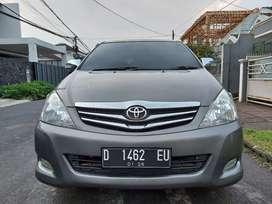 Toyota Kijang Innova 2.5 G Diesel MT Tahun 2010 Terawat Sekali