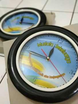souvenir jam dinding,jam promosi,souvenir jam dinding murah surabaya