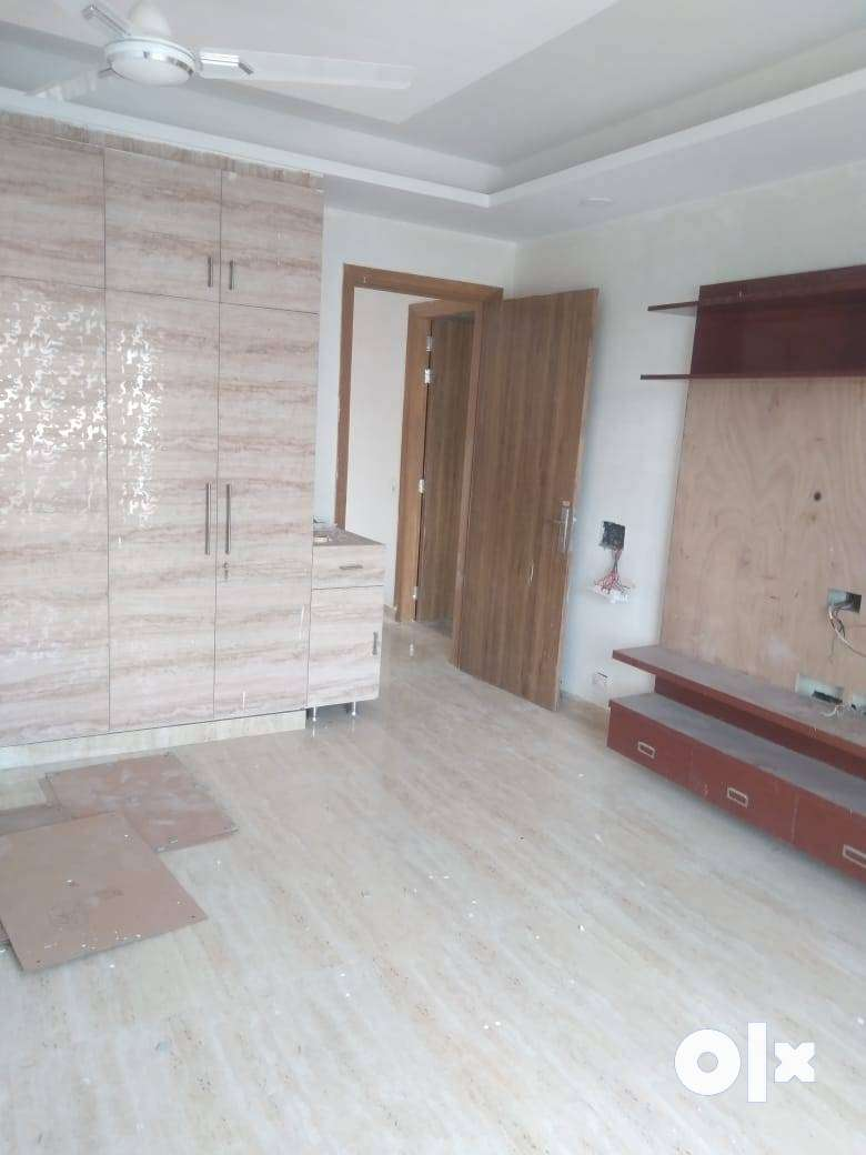 5 BHK READY TO MOVE IN VIPUL WORLD 0