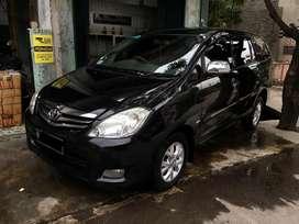 Toyota Kijang Innova/ Inova Tipe G Manual 2010 Hitam Mulus, 2011/ 2009
