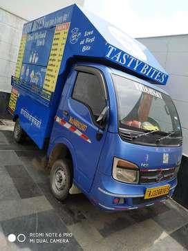 Food van 2014 model food truck with all item