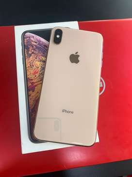 I phone xs max 64gb at very good condiction
