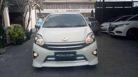 Astina mobil DP RINGAN 12.5 JT TOYOTA Agya 1.0 G AT TRD Matic Putih
