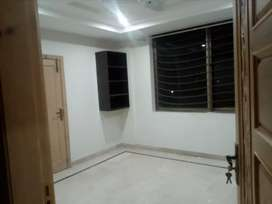 Rental rooms on sharing for Bachelor