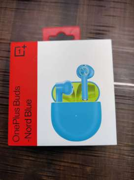 ONE PLUS BUDS (NORD BLUE). BRAND NEW