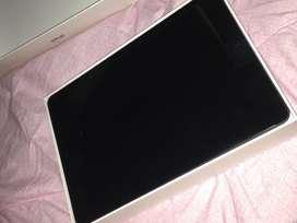 I pad 8th generation wifi 32 gb
