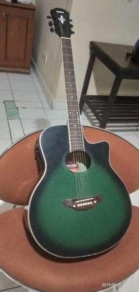 Gitar bagus bekas