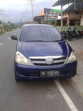 Innova E bensin 2004