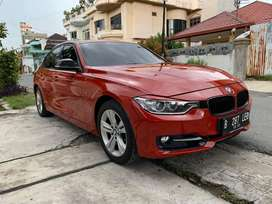 BMW F30 320i Sport 2013 A/T