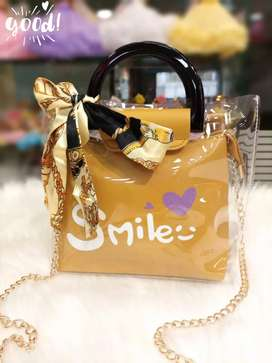 New stylish hand bag available in limited stock