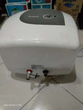 Jual Water Heater listrik ARISTON