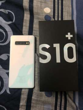 s10+ Brand new condition with EARBUDS