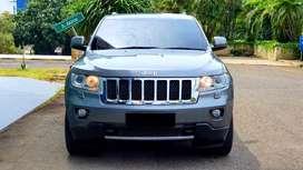 Jeep Grand Cherokee OVERLAND!!! Tipe Tertinggi!! Antikk dan Langkaa!!