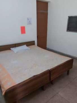 Onee Room Vasant Vihar Nice Ground floor