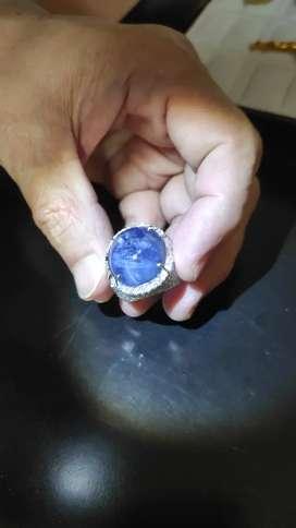 Cincin blue sapphire emas + berlian koleksi pribadi