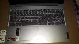 Brand new Lenovo Slim 3 laptop for dale