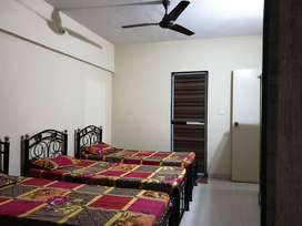 ZERO BROKERAGE *Girls PG Accommodation in Kurla West near Phoenix Mall