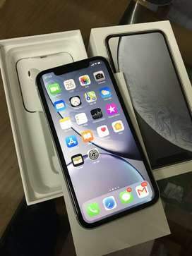 (Box Piece)  iphone xr 128gb GB white color  excellent condition mobil