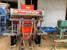 Vishwarkarma patato planter hapur price 100000