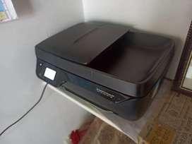 HP DeskJet 3835 coloured printer
