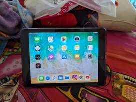 Apple IPad 2018 for Sale with tempered glass and back cover