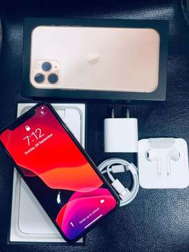 IPHONE 11 PRO MAX 256GB GOLD 10 MONTH OLD
