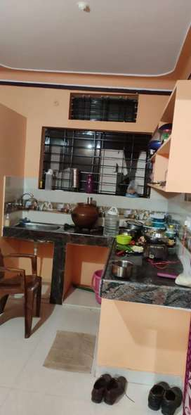 1bedroom with kitchen Suitable for bachelor