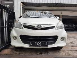 Toyota Avanza Veloz 1.5 Matic ( 2015 )