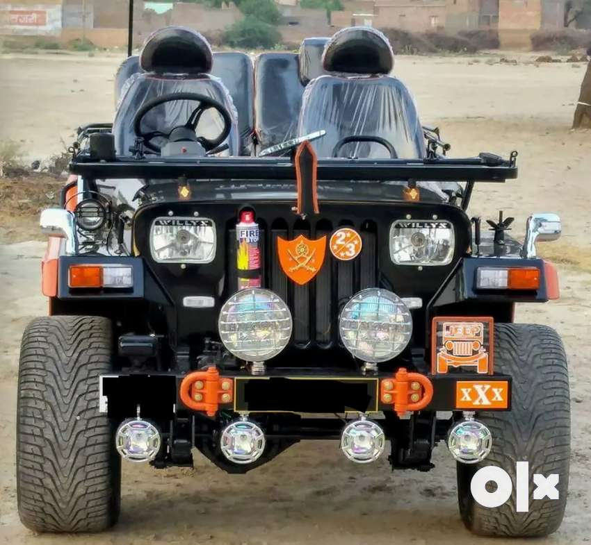 Modified open Jeeps 0