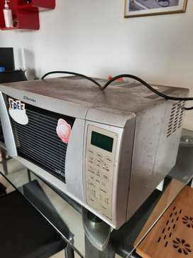 Electrolux Microwave Oven 8 years old