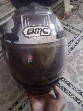 Helm BMC Mulus  lgI butuh uang