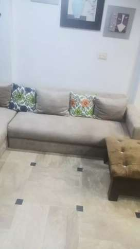 Six seater corner sofa set only 2 month used new condition
