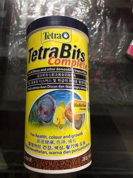 Tetra bite fish food
