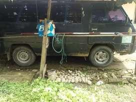 Dijual cepat butuh uang.  L300 minibus thn 92 solar.